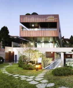 Seoul Partner House
