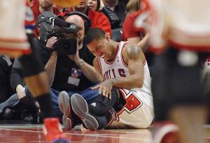 Derrick Rose's Torn ACL