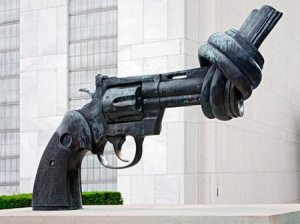 un-anti-gun-statue2