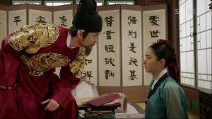 Scene from Episode 6 when King Sejong and So-Yi engage in an emotional confrontation. Sejong shows emotional vulnerability.